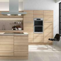 Flat door kitchen, wood effect, feature ceiling extractor