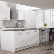 High Gloss Kitchen in white, Large Feature Handles.