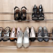 Wardrobe shoe storage rack