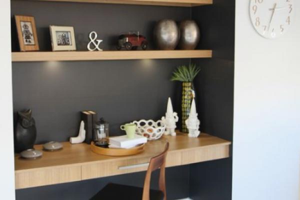 Home office idea - Contemporary